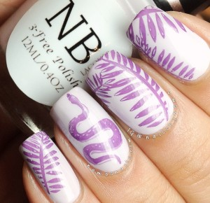 Lilac safari nails