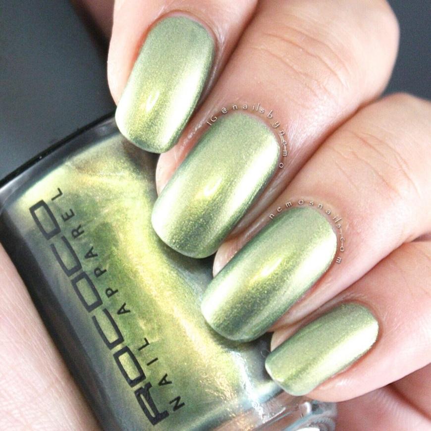Rococo Radioactive Metallic Swatch