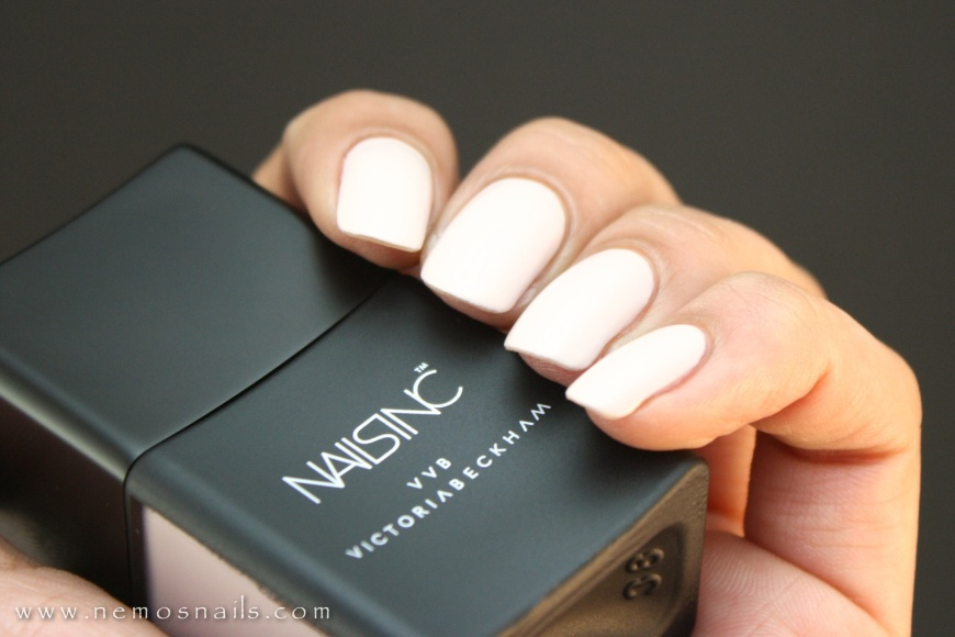 Victoria Beckham x Nails in Bamboo White Swatch