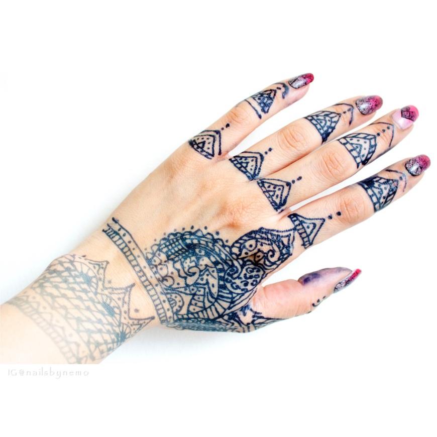Jagua hand decoration